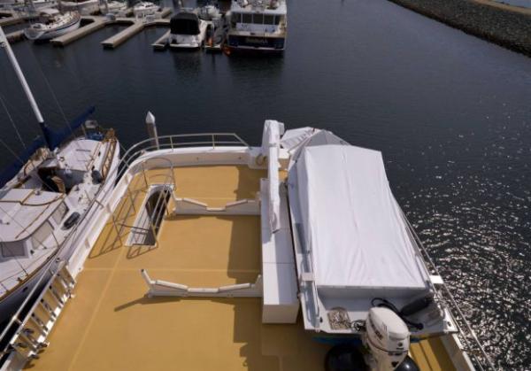 Tender deck
