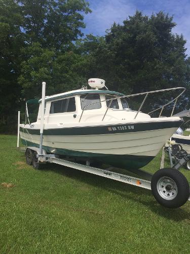 C-dory 26 Cape Cruiser/ Venture