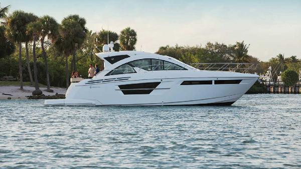 Cruisers Yachts 54 Cantius Profile