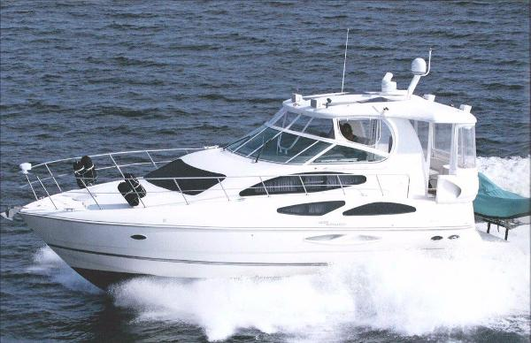 Cruisers Yachts Sport Series 455 Aft Cabin Motoryacht Profile