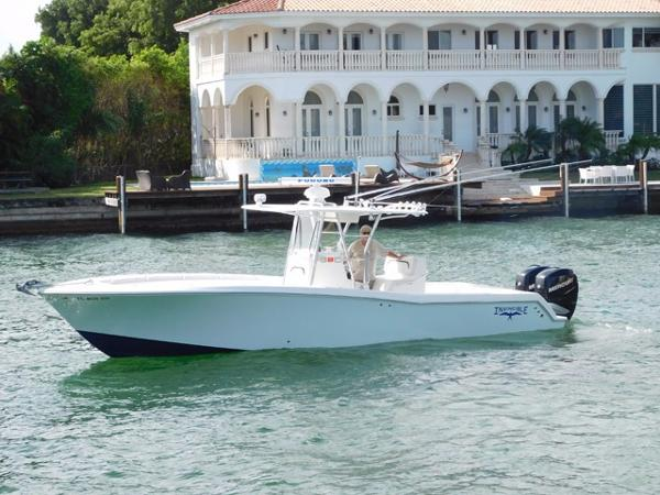 Invincible 33 Open Profile
