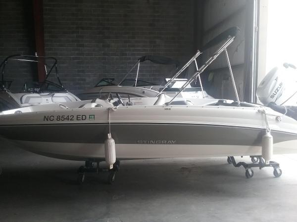 Stingray 182SC