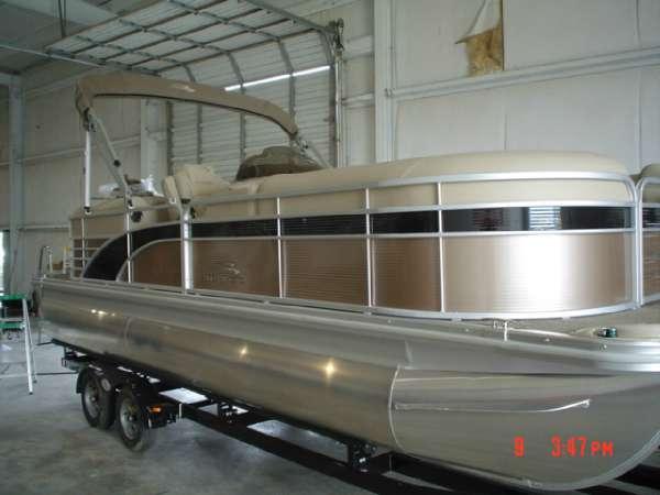 Bennington 2250 GSR