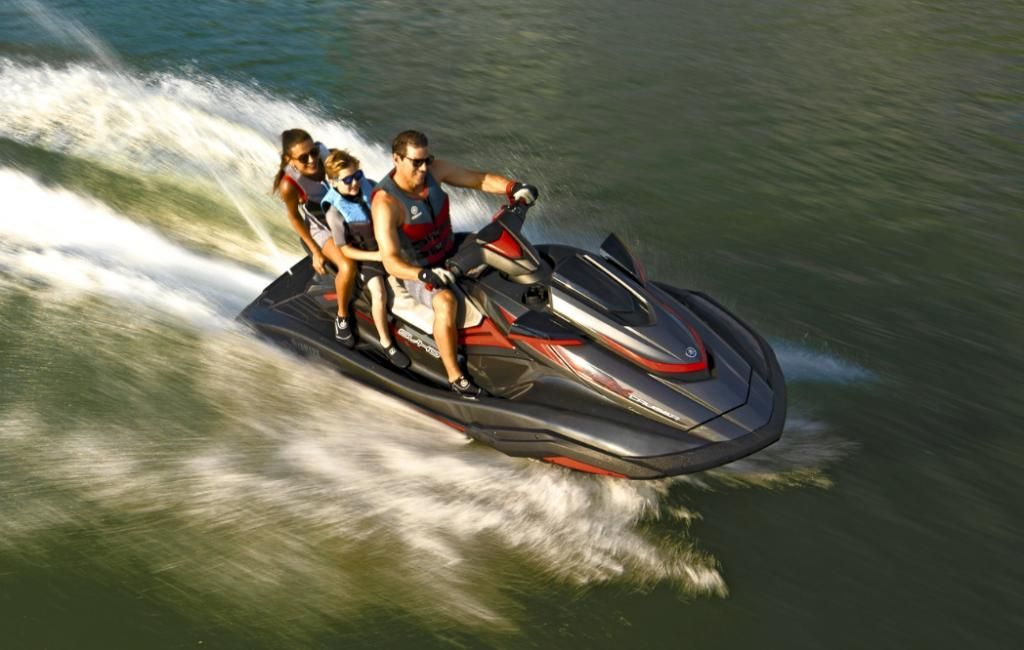 Yamaha WaveRunner FX Cruiser SVHO  April 2019