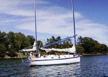 1983 Ticon Georgian 34 Centerboard Ketch, Kingston Ontario - boats com
