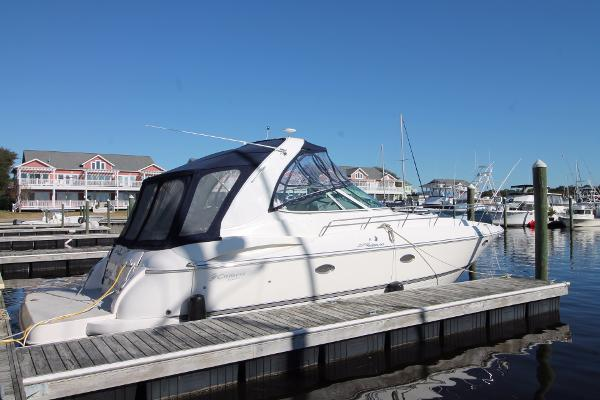 Cruisers 370 Express Yanmar 90 Hours