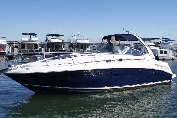 Sea Ray 360 Sundancer on the water