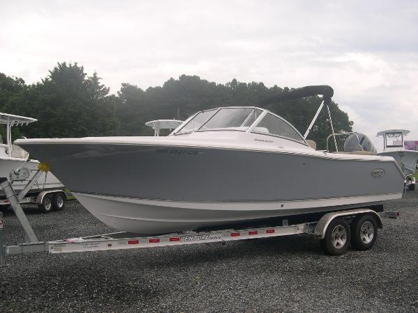 Sea Hunt 235 Escape SE