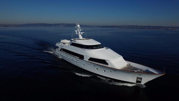 Christensen Tri- Deck Motor Yacht Afterglow Profile