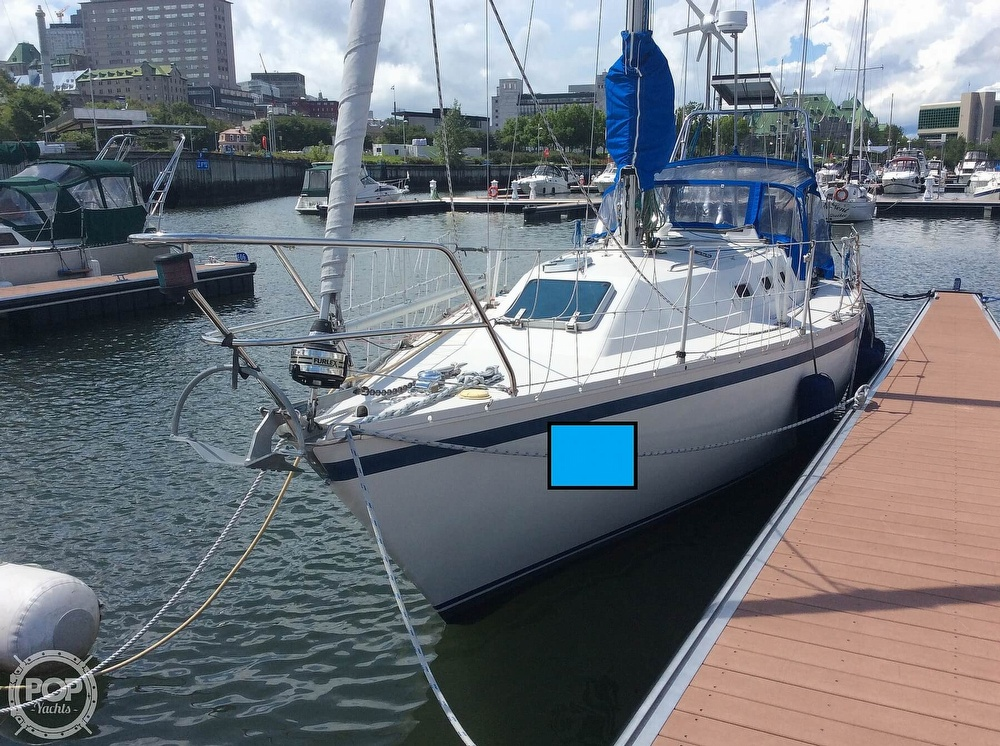 Canadian Sailcraft CS33 1984 Canadian Sailcraft CS33 for sale in Quebec City, QC