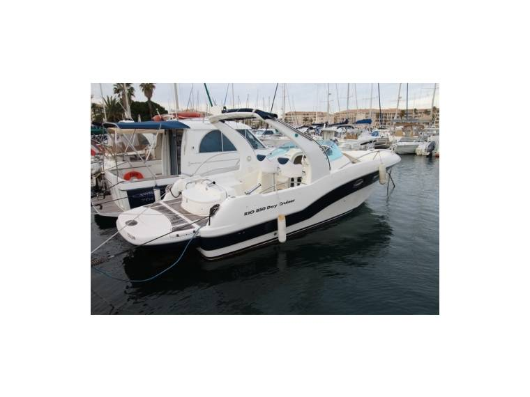 Rio Yachts RIO 850 DAY CRUISER FJ44854