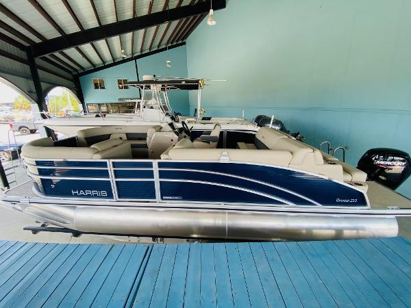 Harris 210 Cruiser