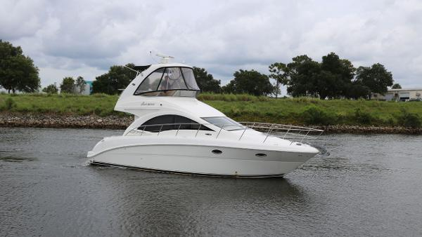 Sea Ray 36 Sedan Bridge Profile