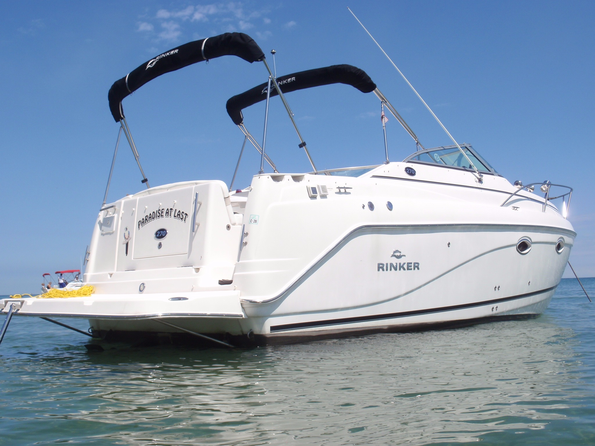Rinker 270 Express Cruiser