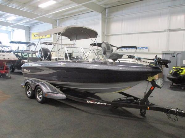 Triton ski and fish boats for sale for Triton fish and ski