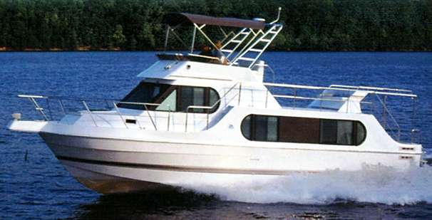Harbor Master 400 Pilothouse Motoryacht Manufacturer Provided Image