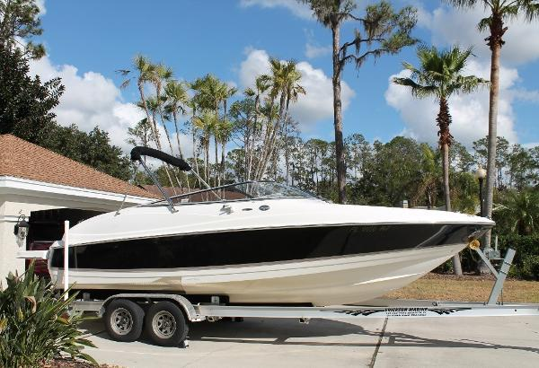 Regal 2400 Bowrider STB View