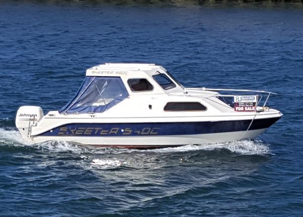 Erne Boats Skeeter 590c Skeeter 590c cabin cruiser with BJ Marine