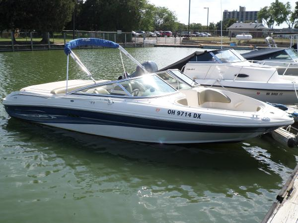 Sea Ray 200 Sport Bow Rider