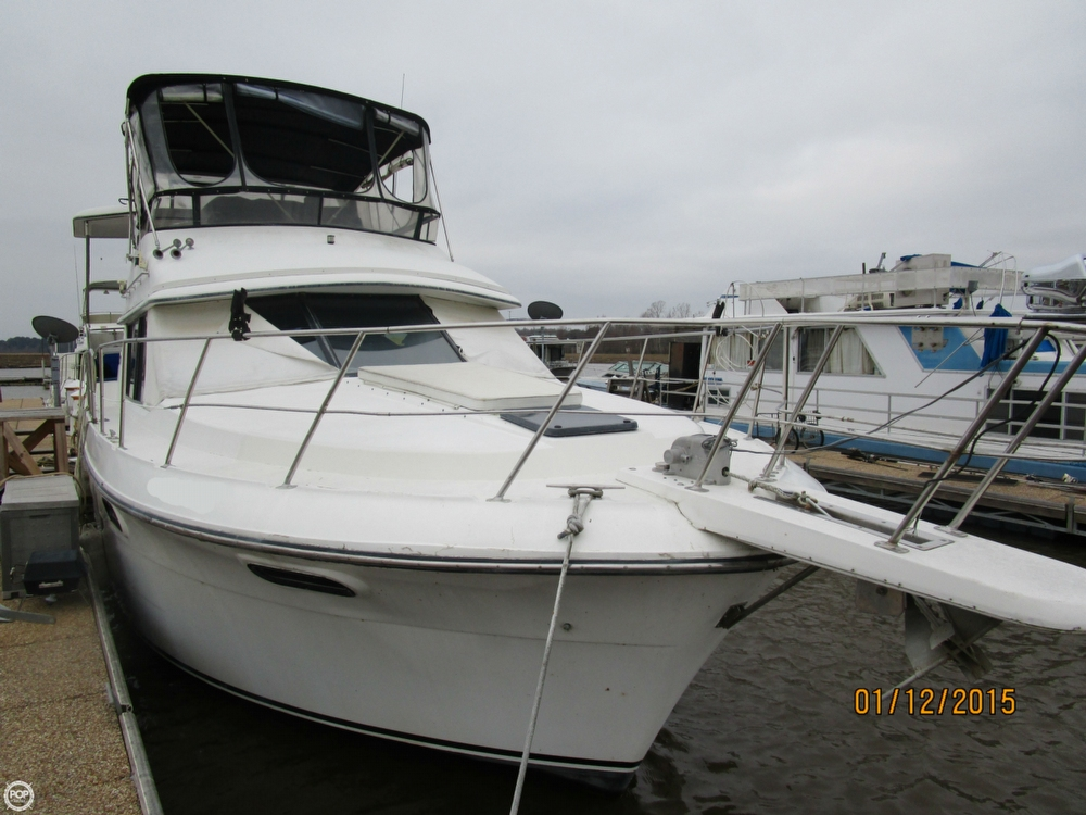 Carver 3807 Aft Cabin Motoryacht 1988 Carver 38 Aft Cabin for sale in Eufaula, AL