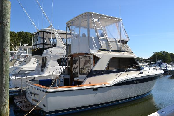 Chris-Craft 360 Commander Sport Fish