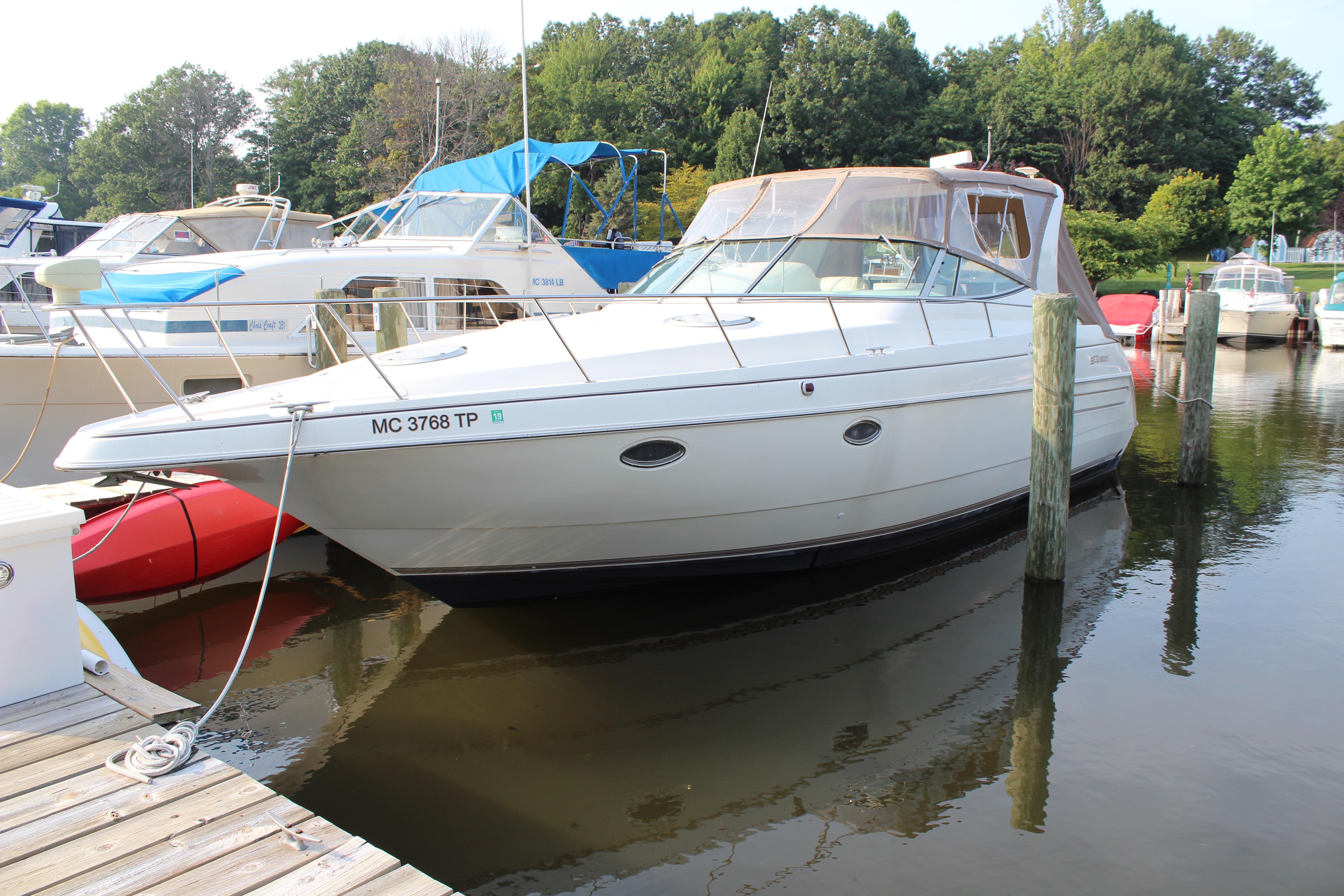 Cruisers 3570 Esprit