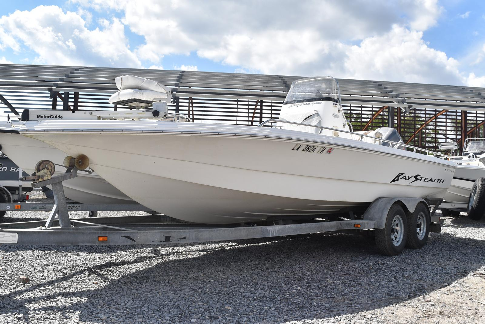 Bay Stealth 2230 Bay