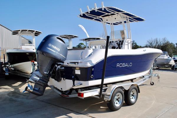 Robalo 200 Center Console 2017-Robalo-200-ES-Center-Console-Boat-For-Sale