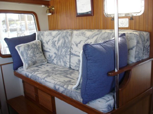 Pilothouse Settee converts to Berth