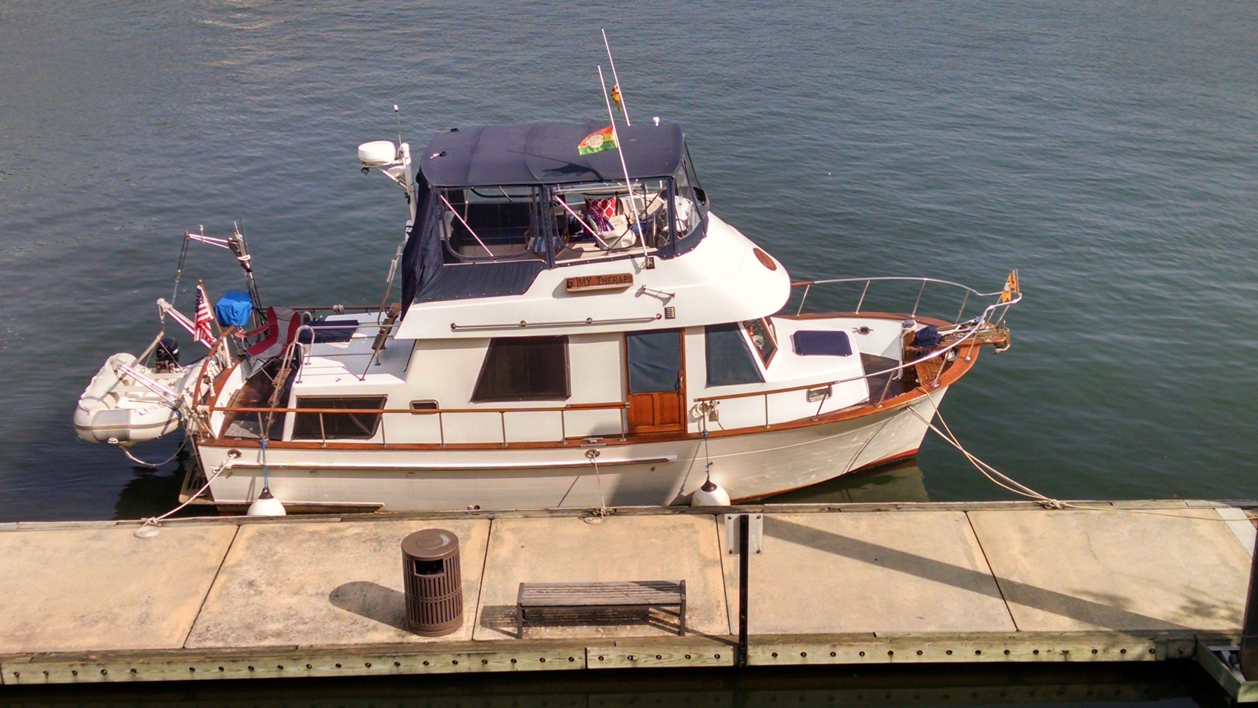 Marine Trader 34 Double Cabin