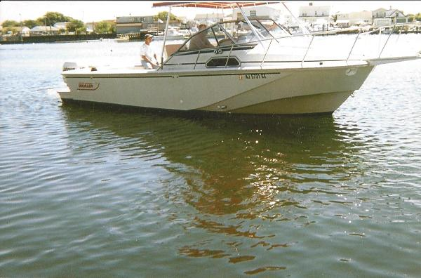 Boston Whaler 27 Full Cabin Express 27 Boston Whaler Full Cabin