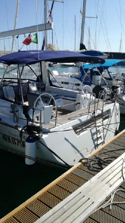 2018 Beneteau Oceanis 45 Italy Boats Com