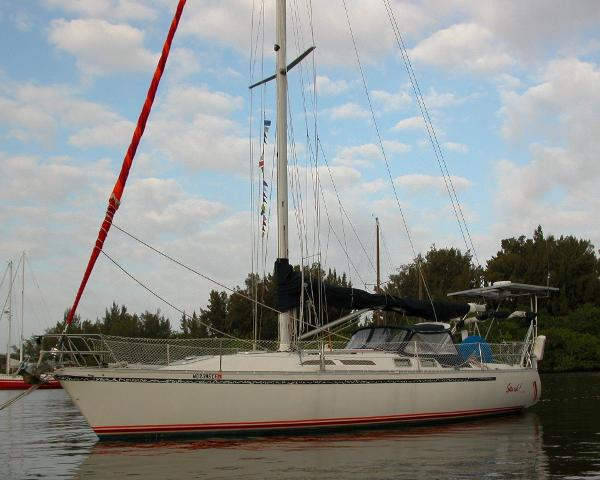 Canadian Sailcraft 40