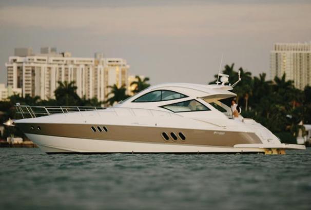 Cruisers Yachts 520 SC