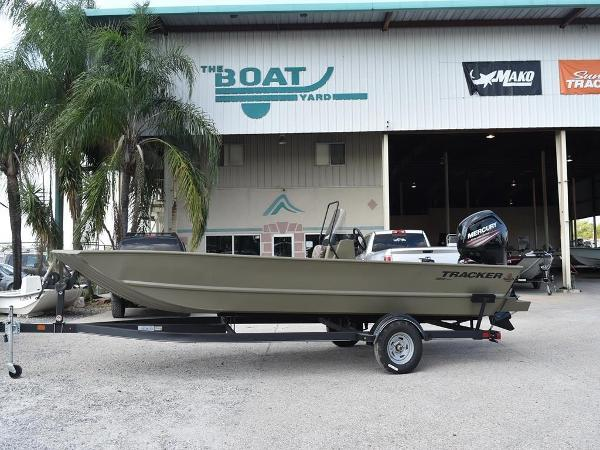 Tracker Boats Grizzly 2072 MVX CC