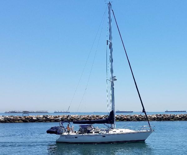 Catalina 42 Profile