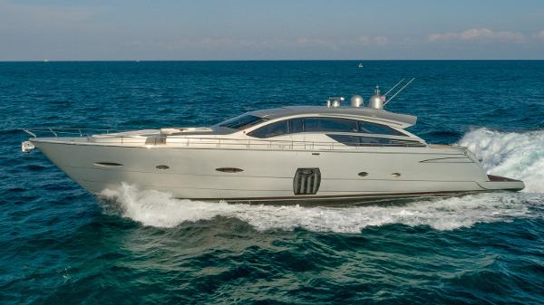 Pershing 80 Profile