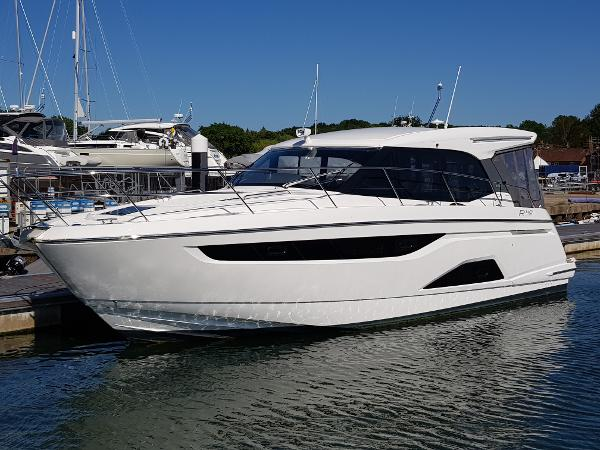 Bavaria R40 Coupe Similar Vessel - The advertised boat is in build