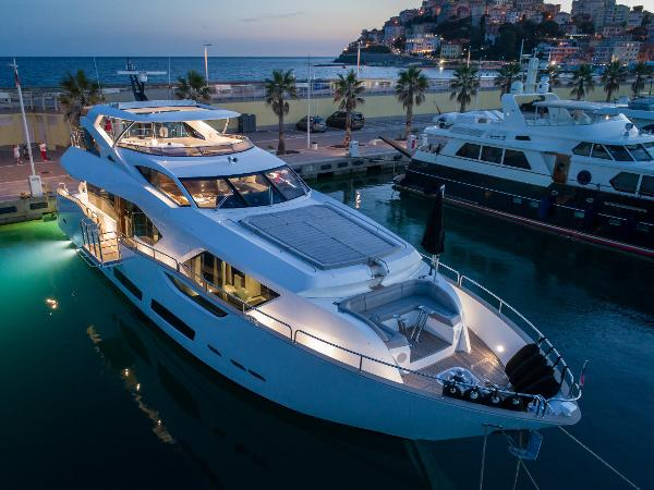 Sunseeker 95 Yacht Sunseeker 95 Motor Yacht For Sale
