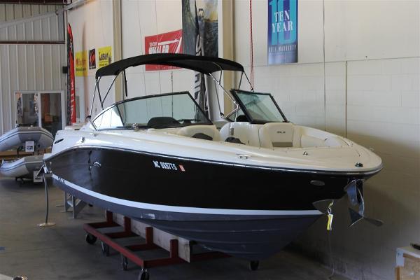 Sea Ray 270 Select EX