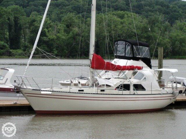 U.S. Yacht 35 1982 U.S. Yacht 35 for sale in Haddam, CT