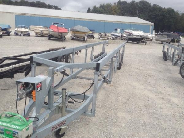 Hoosier Hydraulic Triple Axle Trailer