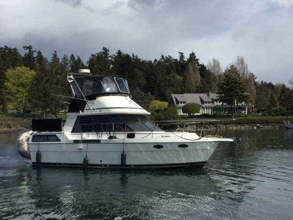 Prowler Aft Cabin 35' Prowler Aft Cabin
