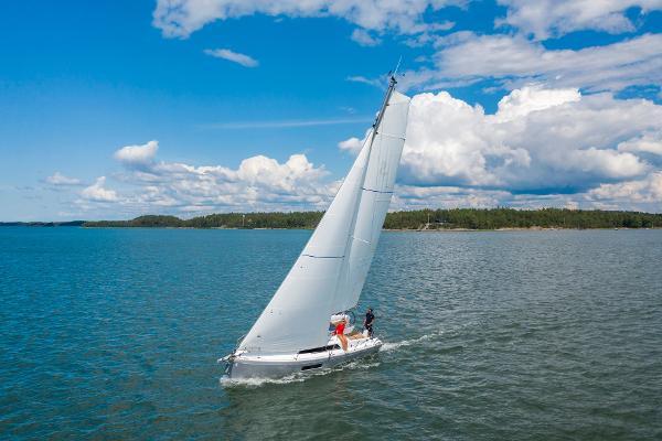 Beneteau Oceanis 30.1 Beautiful to weather