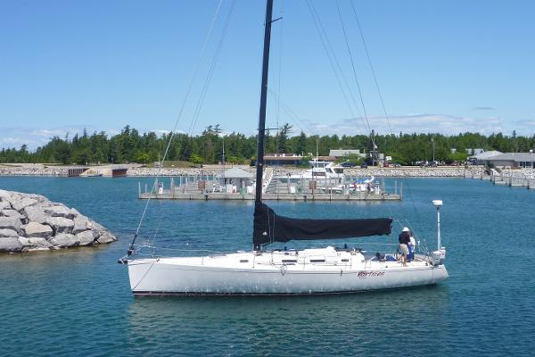 J Boats J/145