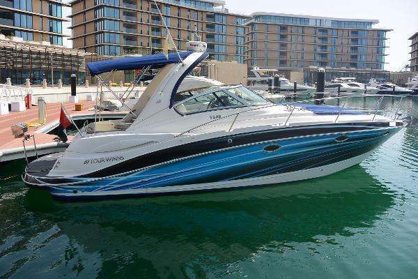 Four Winns Vista 338 Motor Yacht