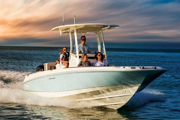 Sea Ray SDX 250 Manufacturer Provided Image