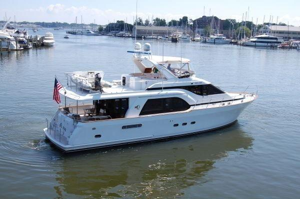 Queenship Pilothouse Motoryacht Stabilized
