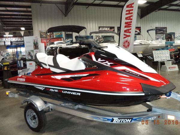 Yamaha WaveRunner VX Cruiser
