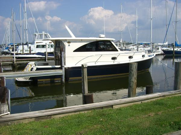 Marlow Mainship Pilot 37 At our Dock
